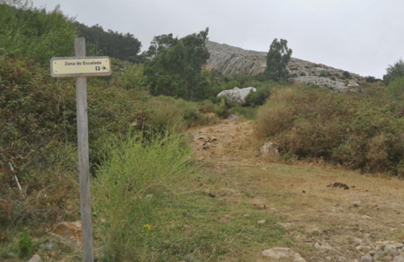 4-escalada-deportiva-en-san-bartolo-blog-escalada-decathlon-20082015 (1)