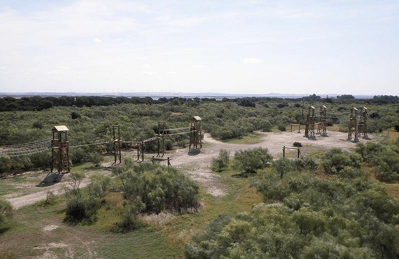 800px-Los_Toruños,_El_Puerto_de_Santa_María,_Cádiz,_España