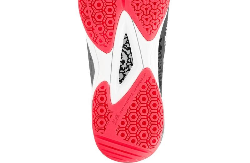 Zapatillas+de+balonmano+mid+adulto+H500+gris+rosa