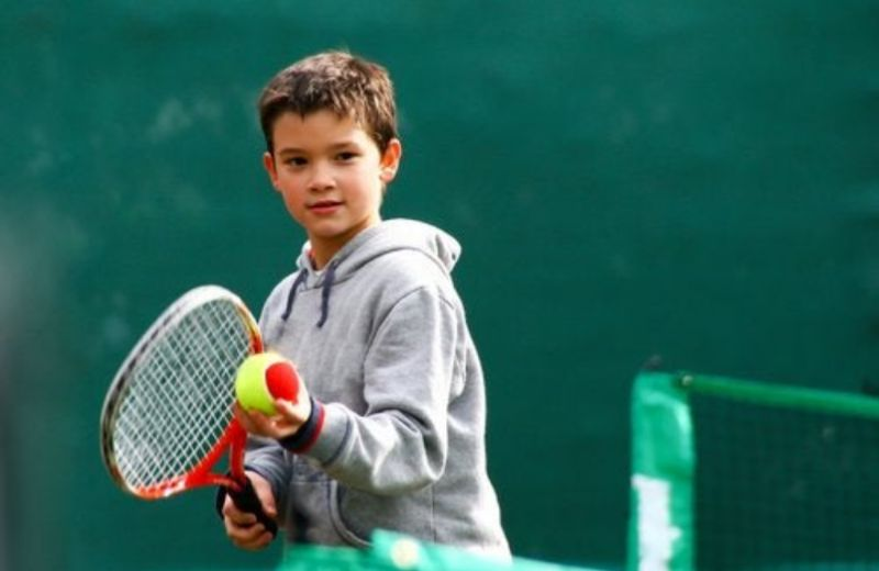 Tenis Jr