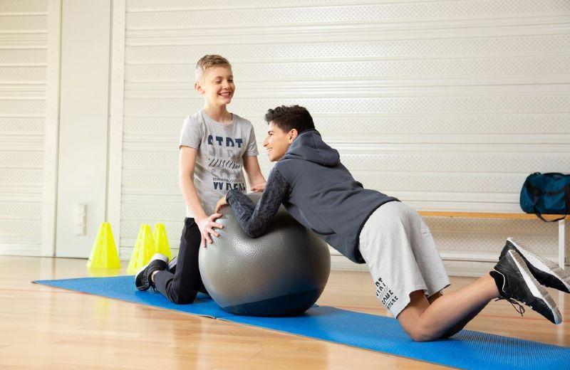 niños educación física