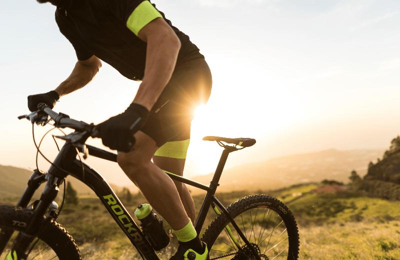 mountainbike-rockrider-manillar-detalle