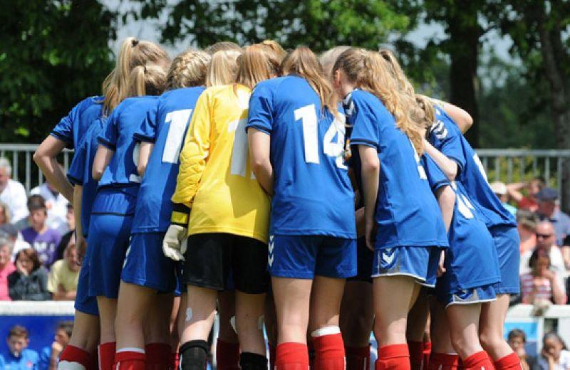 3-importancia-del-colectivo-en-un-equipo-blog-futbol-decathlon-21082015