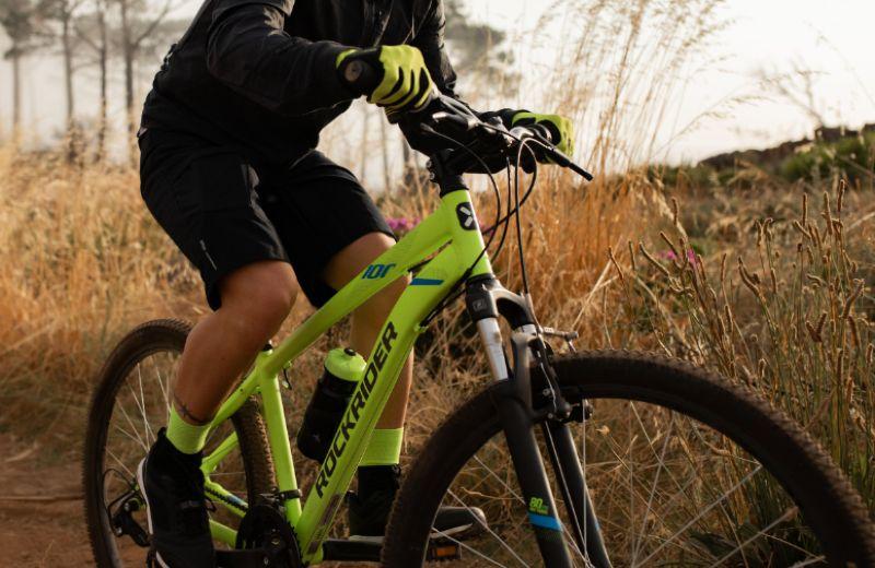 Bicicleta de montaña Rockrider 100 amarillo