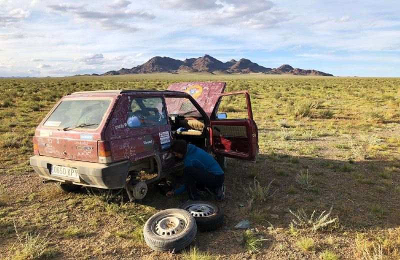 coche mongolia (Personalizado)