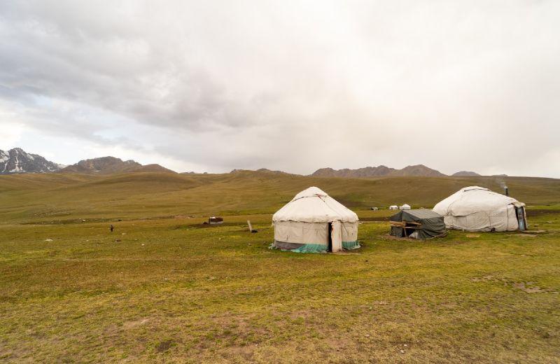 Kirguistan_yurtas-1