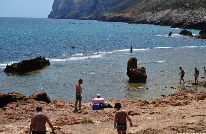 Playa-rocas-Dénia-Les-Rotes1