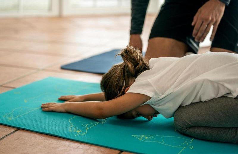 esterilla_yoga_ninos_estampado_osito_5_mm_azul_domyos_by_decathlon_8491313_1618730