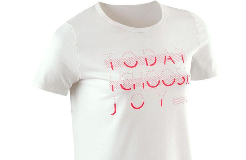 camiseta básica niña decathlon con letras