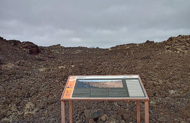 cartel informativo ruta caldera blanca Lanzarote