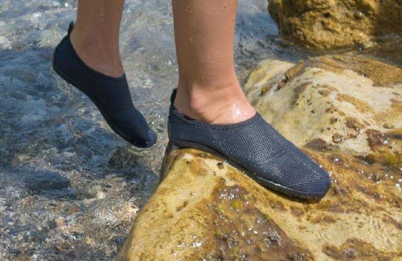 escarpines-cangrejeras-zapatillas-acuaticas-de-rio-snorkel-subea-adulto-gris