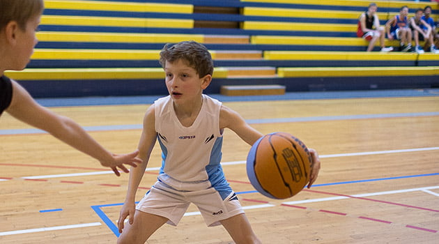 Pase y corte en el basket | Blog Baloncesto Decathlon