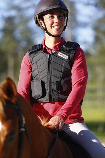 seguridad-al-montar-a-caballo-equitacion-hipica
