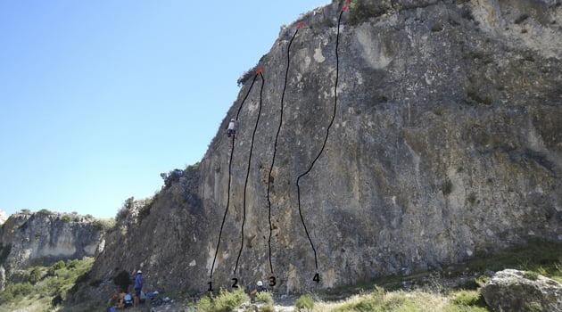 Escalada deportiva: iniciación en la Foz de Zafrané