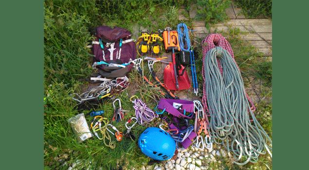 mochila-de-alpinismo-material-para-escalar-invierno