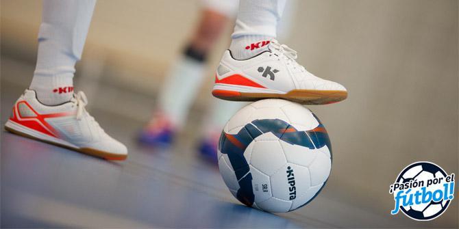 entrega gratis diversificado en envases fecha de lanzamiento Cómo elegir tus zapatillas de fútbol sala   Comunidad Decathlon