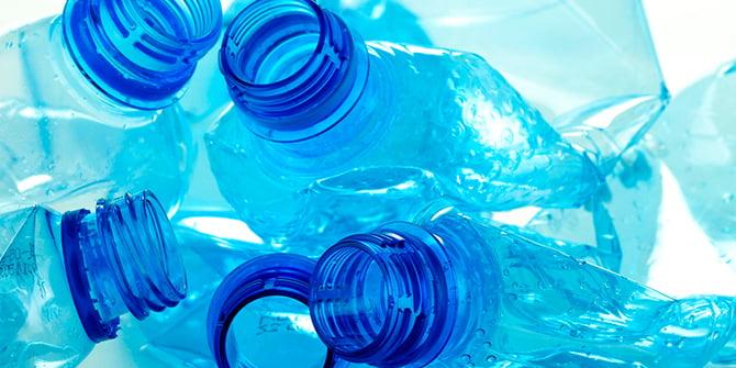 Evitar dejar residuos en los campos de fútbol