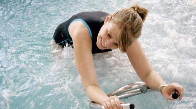 2-deja-tu-celulitis-en-la-piscina-blog-natacion-decathlon-28072015