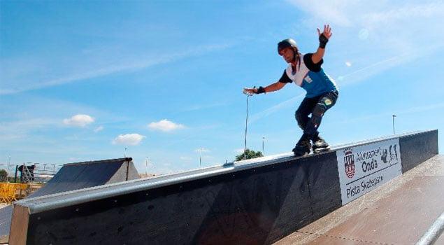 Primeros trucos en el patinaje extremo